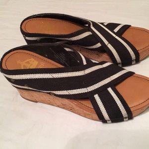 Crown vintage sandals